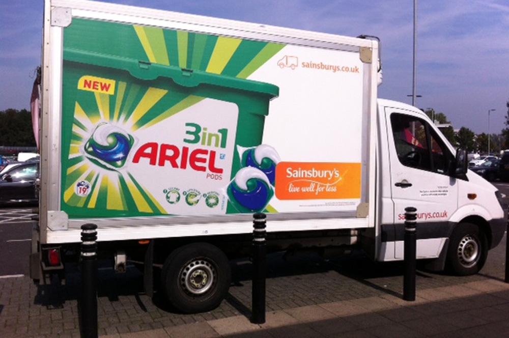 Ariel Traxx lastbilsreklam